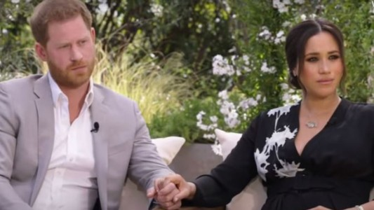 Prince Harry tells Oprah his 'biggest fear was history repeating itself' in reference to Diana's death   US